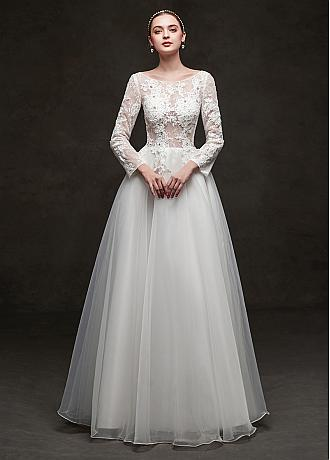 In Stock Chic Tulle & Lace Jewel Neckline A-line Wedding Dresses With Beadings & Lace Appliques