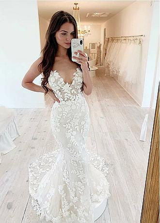 Amazing Tulle Spaghetti Straps Neckline Mermaid Wedding Dress With Lace Appliques