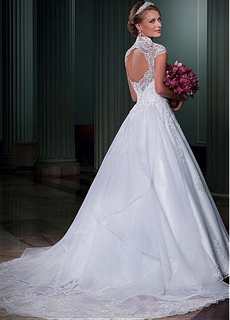 Fabulous Tulle Queen Anne Ball Gown Wedding Dress With Beaded Lace Appliques