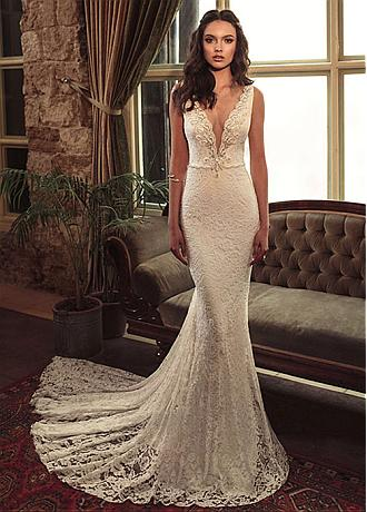 Alluring Lace & Satin V-Neck Mermaid Wedding Dresses With Beaded Embroidery
