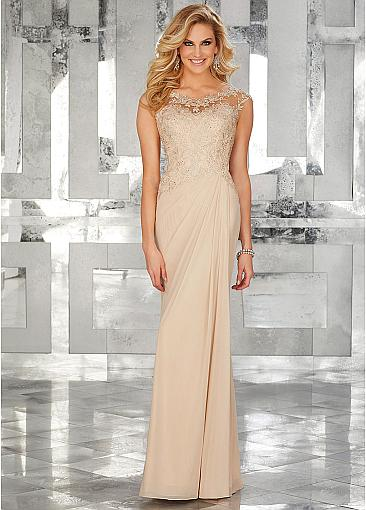 Charming Tulle & Chiffon Scoop Neckline Sheath/Column Mother Of Bride Dresses With Beaded Lace Appliques