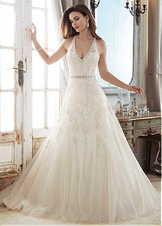 Fascinating Tulle V-neck Neckline A-line Wedding Dress With Lace Appliques & Beading