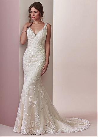 Fascinating Tulle V-neck Neckline Mermaid Wedding Dress With Lace Appliques & Beadings