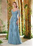 Amazing Tulle V-neck Neckline A-line Mother Of The Bride Dresses With Lace Appliques & Handmade Flowers & Beadings