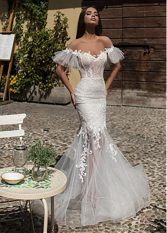 Stunning Tulle & Lace Jewel Neckline Mermaid Wedding Dresses With Lace Appliques