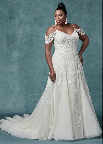 Elegant Tulle Spaghetti Straps Neckline A-line Plus Size Wedding Dresses With Lace Appliques & Beadings & Detachable Sleeves